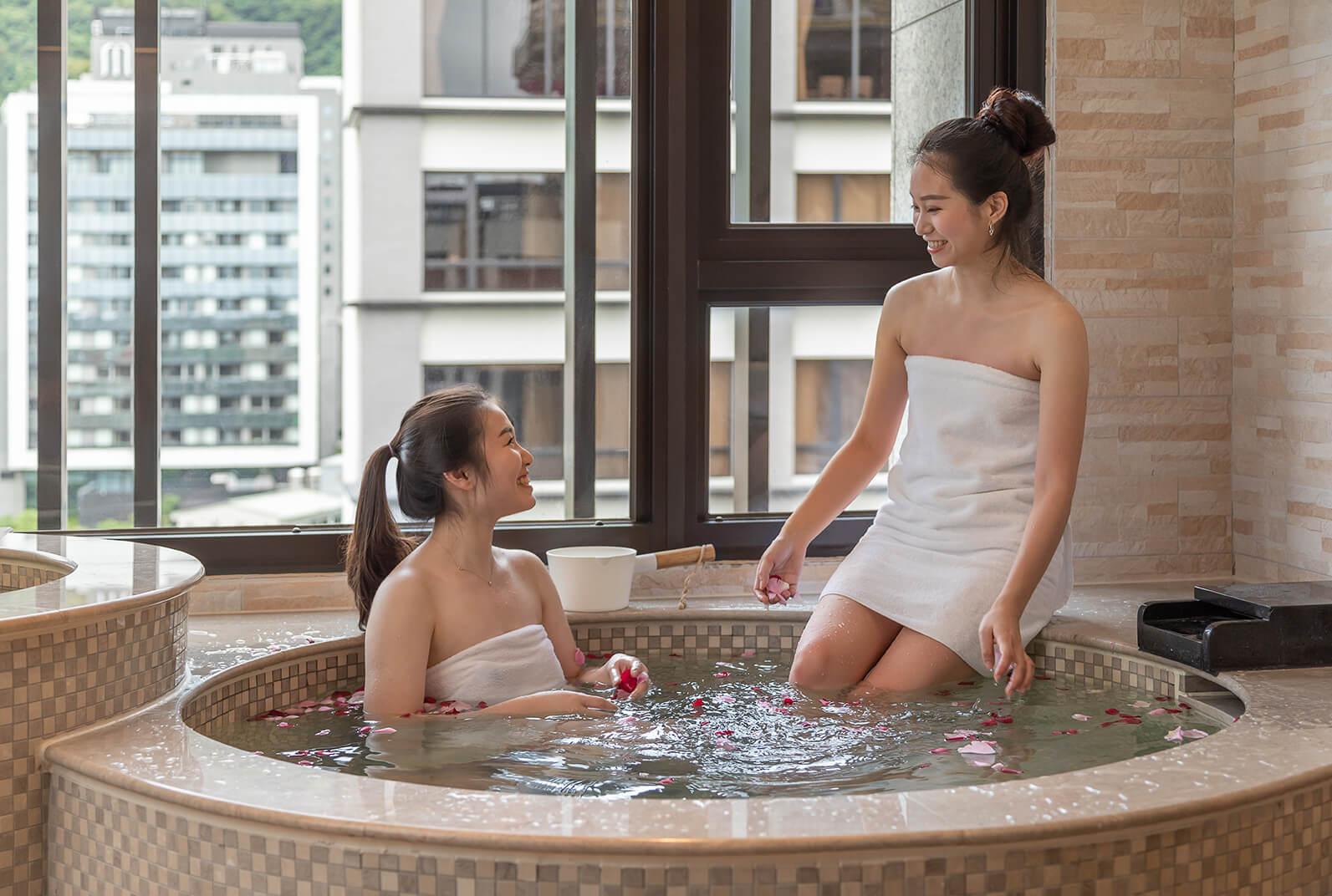 春天風呂客房圓の湯